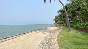 A beautiful stretch of beach at your doorsteps