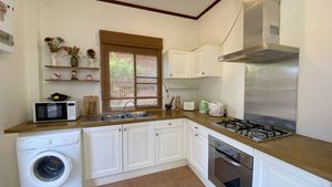 A charming, well-equipped kitchen