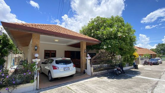A charming and spacous family home at inner-city location