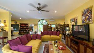 A charming living-room