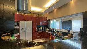 A closer look at this top-modern kitchen