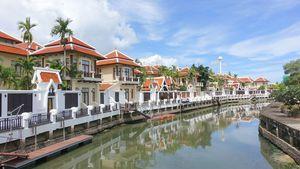 A mooring to sail away within Viewtalay Marina estate