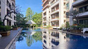 A peaceful pool- and leisure area