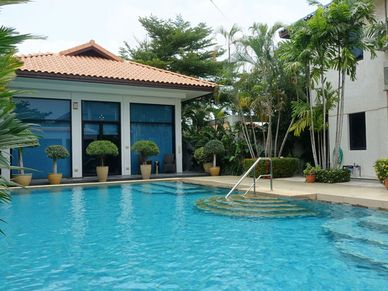 Across the pool to the guest-house
