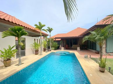 Across the pool towards the main house