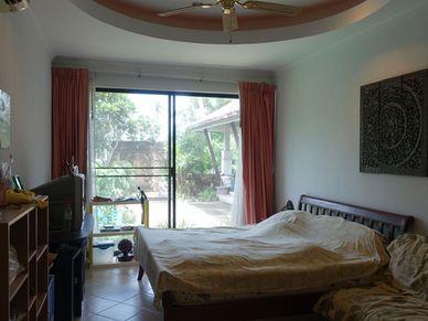 All 4 bedrooms have en-suite bathrooms and nice views