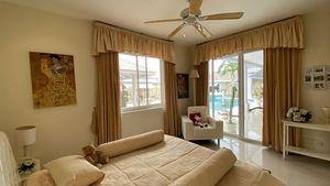 Bedroom in a guest-bungalow