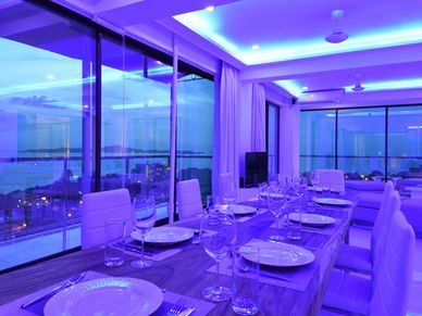 Dining with a view  for ten people