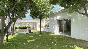 Front-garden and double-carport