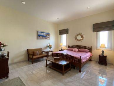 Generous bedrooms, all with their en-suite bathrooms