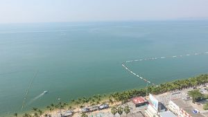 Jomtien beach at your footsteps