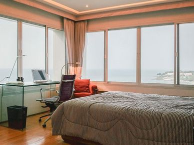 Lavish bedrooms with unbeatable views