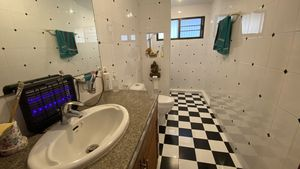 One of a total of four bathrooms