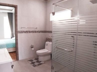 One of five modern bathrooms