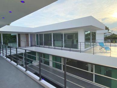 Part of the huge 2nd floor terrace