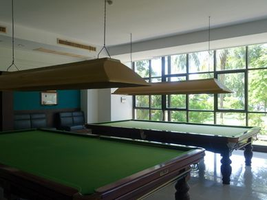 Snooker, Sauna, Gym, Tennis, table tennis ... all is there