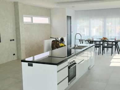 The chic island-style kitchen