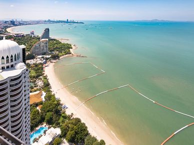 The condo`s views along Wong-Amart and Pattaya bay