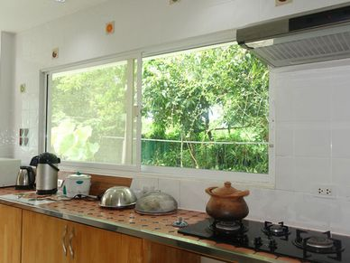 The guest bungalows kitchen