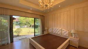 The master-bedroom offers lovely views to the outdoors