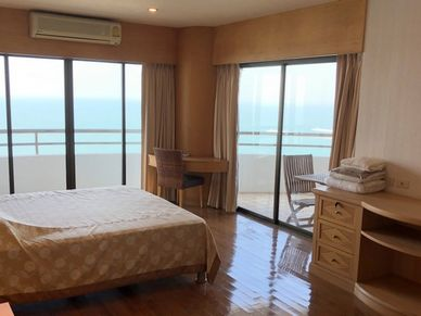 The master-bedroom with gorgeous views and access to a large balcony