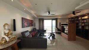 The sofa- and TV area