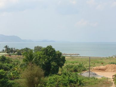 Views across the seas and the hills of Sattahip