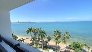 Views towards Pattaya-bay