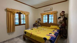 Yet another nice bedroom
