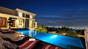 Night views at this high end residence above Pattaya