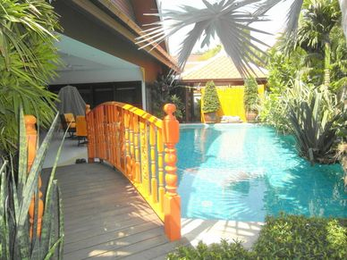 That`s how you enter to this charming Thai Bali inner city pool-villa Jomtien