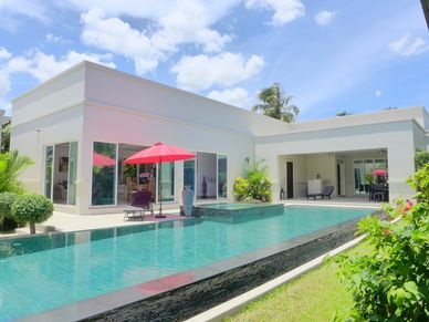 The general view of this designer villa