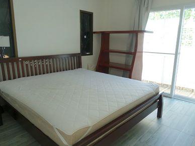 Yet another bedroom